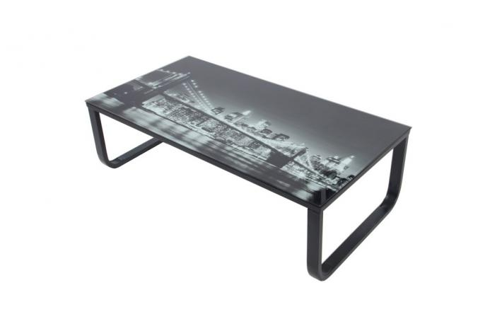 table basse avec plateau verre eastriver design sur sofactory. Black Bedroom Furniture Sets. Home Design Ideas