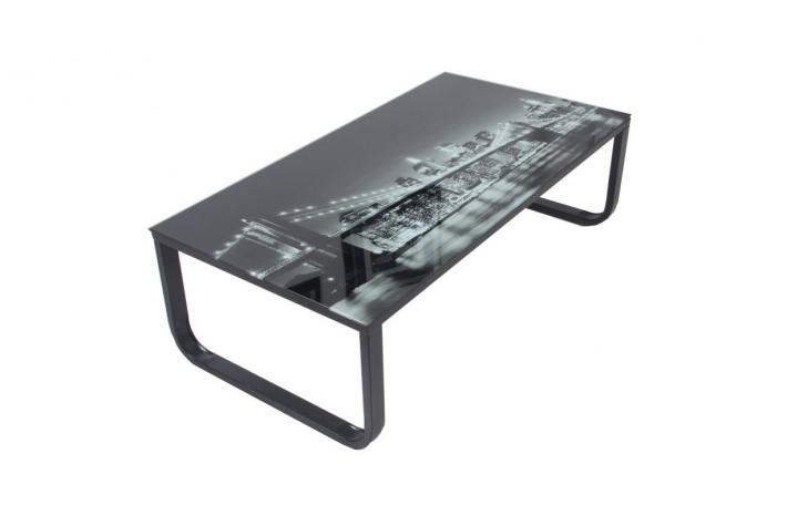 Table basse avec plateau verre eastriver design sur sofactory for Bureau new york conforama