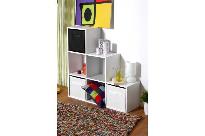 escalier 6 cases en bois blanc molly design sur sofactory. Black Bedroom Furniture Sets. Home Design Ideas