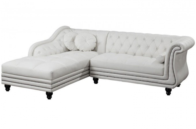 canap d 39 angle droit blanc chesterfield diana kate design sur sofactory. Black Bedroom Furniture Sets. Home Design Ideas
