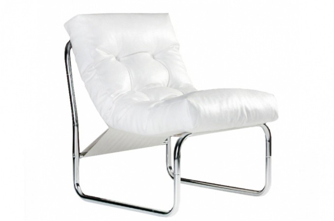 fauteuil design capitonn blanc naco design sur sofactory. Black Bedroom Furniture Sets. Home Design Ideas