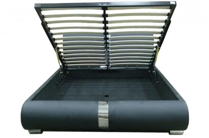 Lit coffre sommier relevable noir 160 cm macao design sur sofactory - Lit coffre noir ...