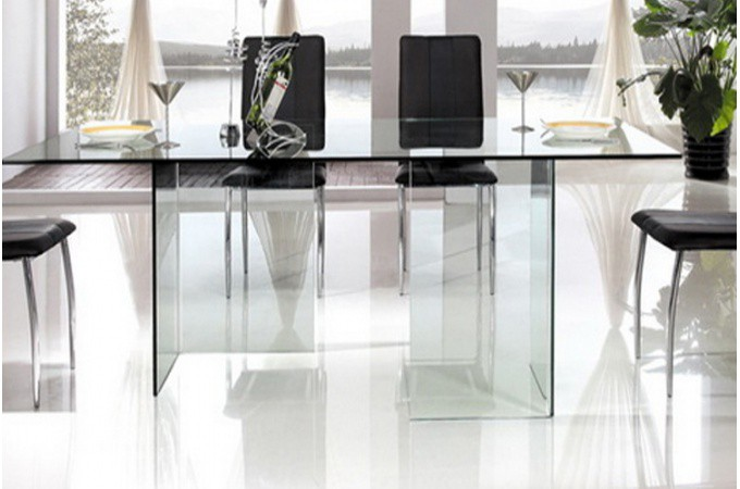 table de repas pieds et plateau en verre idja design sur. Black Bedroom Furniture Sets. Home Design Ideas