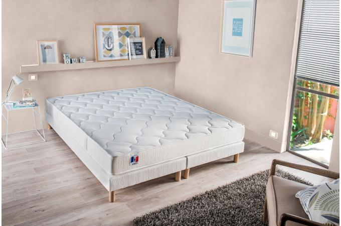 ensemble matelas latex et mousse 25kg m3 2 faces cm 160x200 cm et 2 sommiers tapissiers. Black Bedroom Furniture Sets. Home Design Ideas