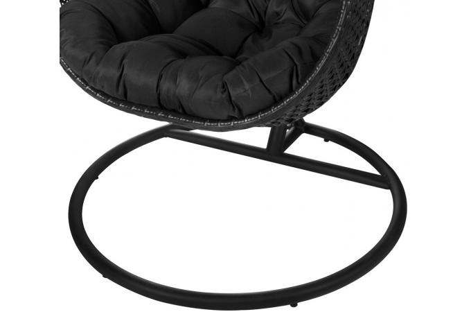 fauteuil suspendu rotin noir uova design sur sofactory. Black Bedroom Furniture Sets. Home Design Ideas