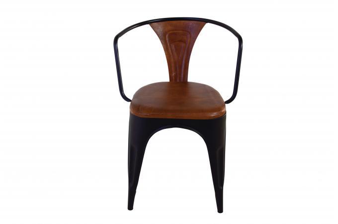 lot 4 chaises cuir m tal tonlda design sur sofactory. Black Bedroom Furniture Sets. Home Design Ideas