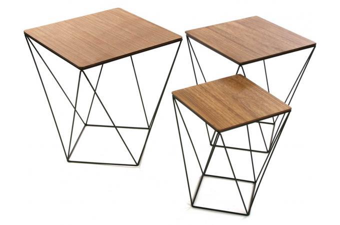 set de 3 tables gigognes carr es en bois et m tal roniya design sur sofactory. Black Bedroom Furniture Sets. Home Design Ideas
